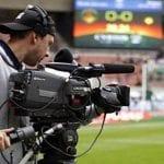 برنامج نقل التلفزي : فينال اليد على الوطنية الاولى ونصف نهائي القدم على التاسعة