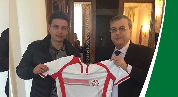 لاري عزوني يختار المنتخب التونسي