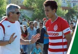 احمد خليل يمضي رسميا عقده الجديد