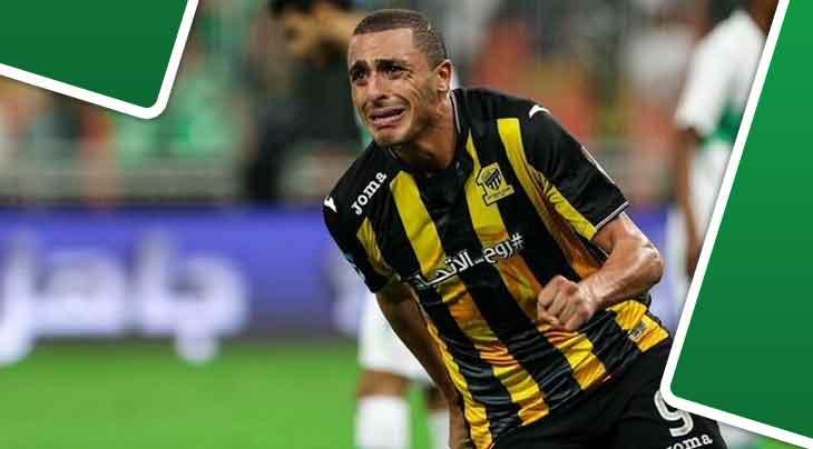 أحمد العكايشي يسافر لتوقيع عقد جديد