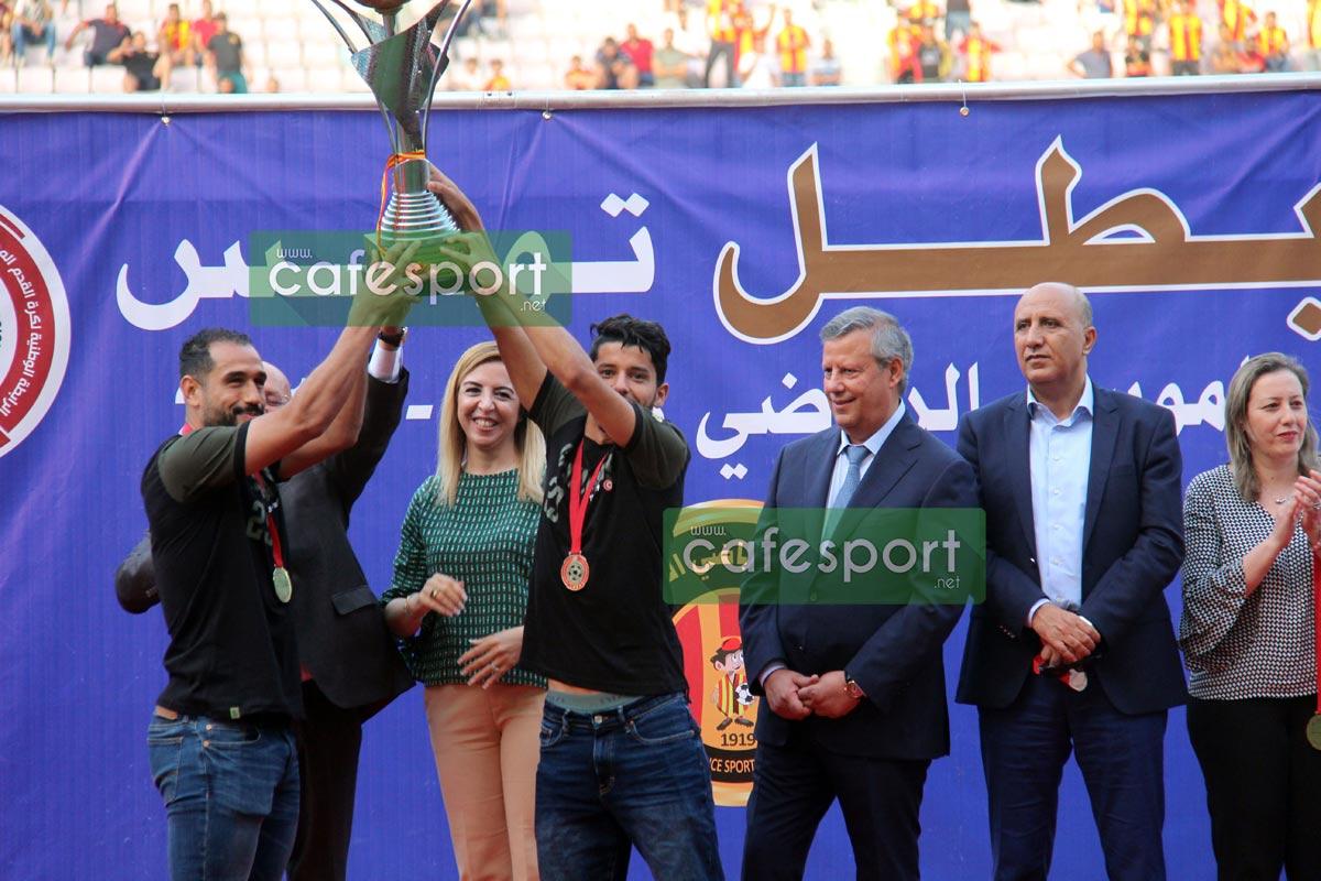 تتويج الترجي الريلضي التونسي بالبطولة (الصور)