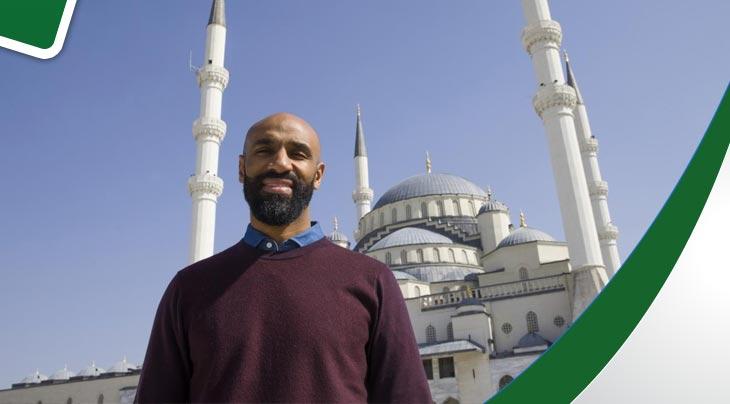 النجم كانوتيه يواصل سعيه لبناء مسجد في اشبيلية : لن يسألني الله عن عدد أهدافي