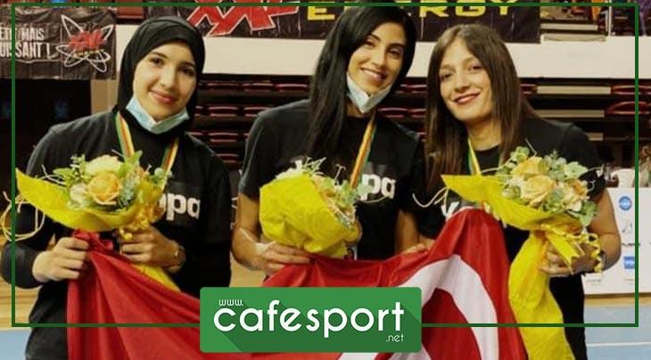 في لمسة اعتراف : جمعية الزّهراء لكرة اليد تكرّم لاعباتها المتألقات في كأس افريقيا